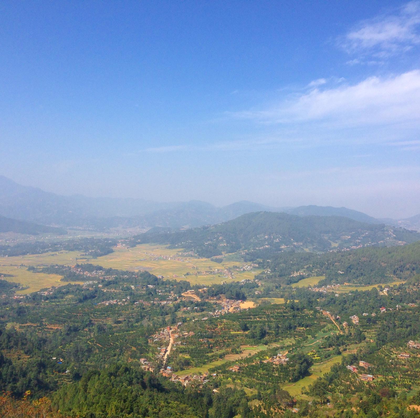 Vue depuis le monastère du namobuddha