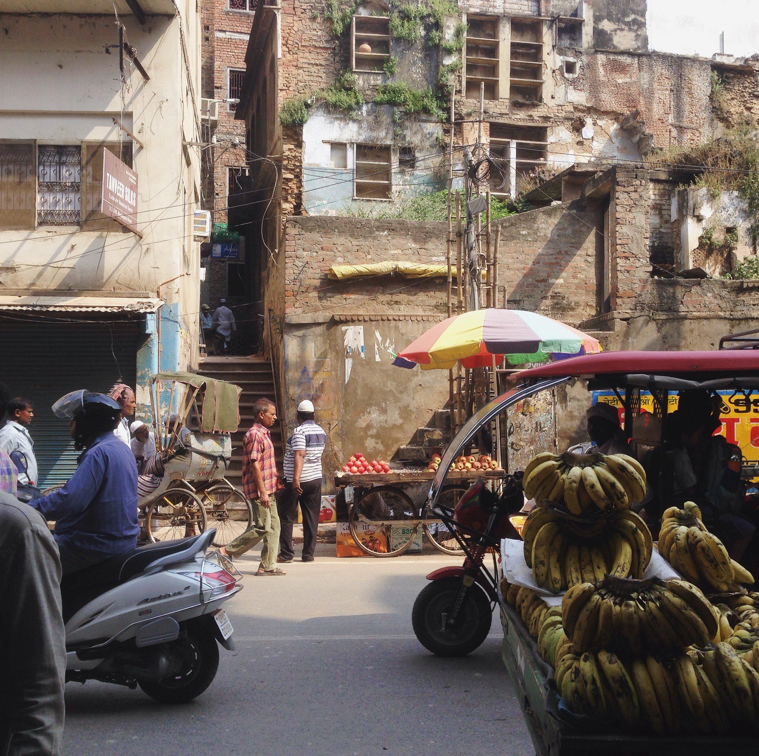 Main street à Varansi